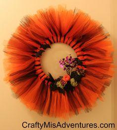 Halloween Tulle Wreath ~ Crafty Home Improvement (Mis)Adventures