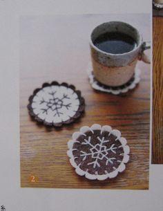 Wool snowflake coasters