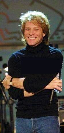 Seriously?? A Freakin turtle neck, and JBJ is still the Single HOTTEST MAN IN THE ENTIRE UNIVERSE