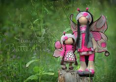 Beautiful things. This blog has the most amazing dolls ever <3 <3 <3