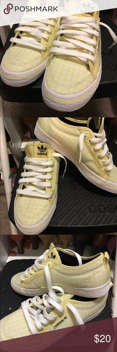 Summertime Sneakers 👟 Perfect pair of Adidas for the summer! Worn twice Adidas Shoes Sneakers