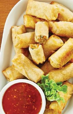 Low FODMAP and Gluten Free Recipe - Vegetable spring rolls - http://www.ibssano.com/low_fodmap_recipe_vegetable_spring_rolls.html