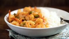 EASY KUNG PAO SHRIMP Skip the takeout with this easy dish that's ready in 20 minutes! Uses cooked frozen shrimps! Best Shrimp Recipes, Seafood Recipes, Asian Recipes, Cooking Recipes, Oriental Recipes, Shellfish Recipes, Asian Foods, Chinese Recipes, Yummy Recipes