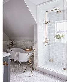 To bathe? To shower? That is the question. ** design: Allison Wilson : Angus Fergusson