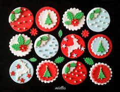 Christmas Cupcake Toppers - by miettes @ CakesDecor.com - cake decorating website