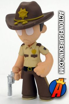 Funko Mystery Minis The Walking Dead 2.5-inch Rick Grimes bobblehead figure. Visit our website for a complete database of Mystery Minis including The Walking Dead. #thewalkingdead #rickgrimes #funko #mysteryminis
