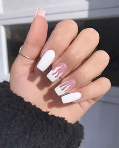 50 Glittering Acrylic Nails for Medium-Length Nails and Long Nails - The First-Hand Fashion News for Females Simple Acrylic Nails, Square Acrylic Nails, Almond Acrylic Nails, Best Acrylic Nails, Square Nails, Acrylic Nails For Summer Almond, Simple Nails, Gold Glitter Nails, Rhinestone Nails