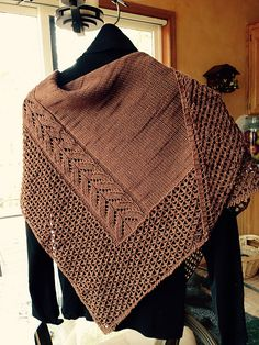 Knitting Patterns Ravelry Stone Croft Shawl by Judy Marples, pattern available on Ravelry. Knitted Poncho, Knitted Shawls, Crochet Scarves, Knit Or Crochet, Lace Knitting, Crochet Shawl, Crochet Capas, Shawl Patterns, Ladies Cardigan Knitting Patterns