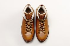 Feit Hand Sewn Hiker Wool Natural