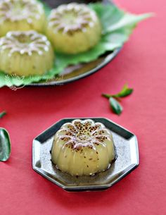 Citrusy refreshing and Chia Seeds Jelly with a hint of honey. A perfect cool treat much needed in this hot, crazy weather. Jelly Cake, Asian Desserts, Asian Cooking, Fresh Lime Juice, Chia Seeds, Food Photography, Cooking Recipes, Favorite Recipes, Treats