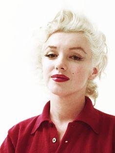 ourmarilynmonroe:  Marilyn Monroe photographed by Milton Greene, 1955.