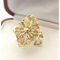 Złoty pierścionek filigranowy, ręcznie wykonany,złoto próba 0,585, waga: 5,1g. Gold filigree ring made by hand