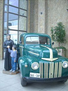 Camioneta de Santo Padre Hurtado