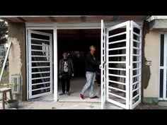 Puerta plegadiza de metal con cristal. - YouTube Steel Grill Design, Steel Gate Design, Iron Gate Design, House Gate Design, Duplex House Design, Home Room Design, Sliding Door Shutters, Sliding Gate, Grill Gate