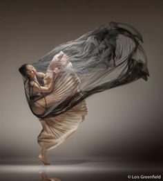 Spectacular Photos of Dancers in Motion by Lois Greenfield Photography Movement Photography, Portrait Photography, Creative Dance Photography, Time Photography, Photography Classes, Photography Magazine, Newborn Photography, Contemporary Dance, Modern Dance
