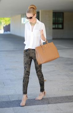 I like everything but the pants :-\ Prada bag, top, necklace, shoes! <3