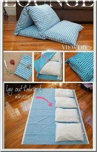 4 oreillers + 1 tissu = 1 petit sofa