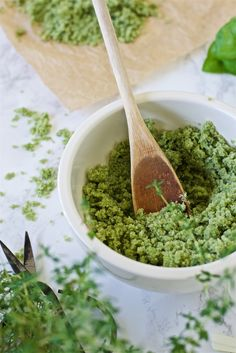 Easy and tasty herbal salt recipe No Salt Recipes, Guacamole, Healthy Recipes, Healthy Food, Herbalism, Food And Drink, Low Carb, Mexican, Keto