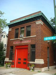 Chicago West Byron and North Hermitage Converted Firehouse   Shared by LION