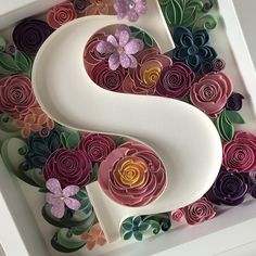 Excited to share this item from my shop: Qll art sign - Floral letter - Framed wall art - Personalized monogram Diy Quilling Projects, Quilling Work, Paper Quilling Patterns, Quilled Paper Art, Quilling Paper Craft, Quilling Flowers, Paper Flowers, S Love Images, Quiling Paper