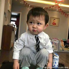Cute Baby Boy, Cute Little Baby, Little Babies, Cute Kids, Korean Babies, Asian Babies, Baby Girl Images, Baby Pictures, Chanbaek