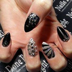 Black Glitter Stiletto Bling Nails www.nailsdoneright.com