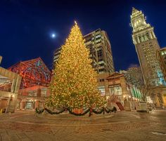 Freedom Trail Holiday Stroll - Boston, MA #Yuggler #KidsActivities #Holiday
