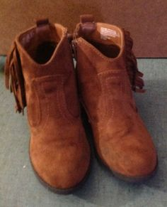 NWT Girl Faded Glory Faux Suede Dark Brown fashion Boots Side Zipper Stylish