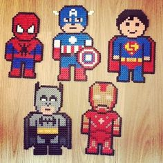 Super Heroes in Perler / Hama beads Hama Beads Design, Diy Perler Beads, Perler Bead Art, Pearler Bead Patterns, Perler Patterns, Beaded Cross Stitch, Cross Stitch Patterns, Crochet Pixel, Plastic Fou