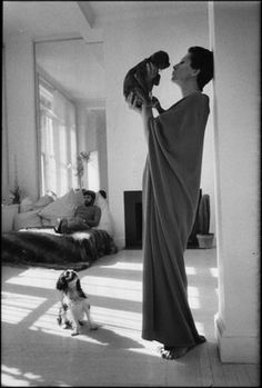 Elsa Peretti in a caftan. Elsa Peretti, Photo Journal, Female Photographers, Stylish Girl, Boho Outfits, Style Icons, Fashion Photography, Black And White, Lady