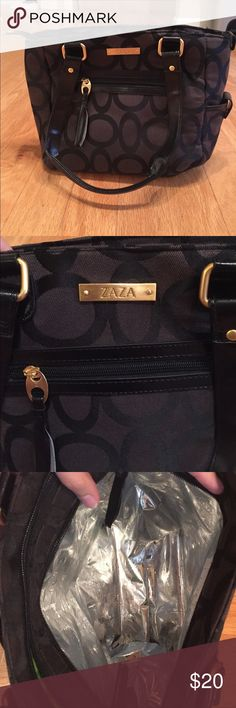 ZAZA Insulated Lunch Tote Super cute lunch tote! New without tags - never used. Lots of pockets and space. ZAZA Bags Totes