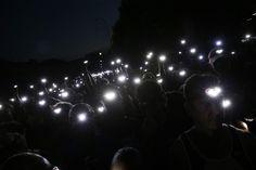 Headlights leuchten in der Nacht - Night Run 2015 Impressionen