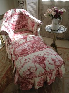 Eminent ran french country shabby chic home French Country Bedrooms, French Country Cottage, French Country Style, Red Cottage, Romantic Cottage, French Decor, French Country Decorating, Decoration Inspiration, Decor Ideas