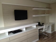 Ideia de home office/sala de jantar Oh My Home, Home Office Layouts, Muebles Living, Small Places, Home Theater, Family Room, Sweet Home, Interior Design, Living Room