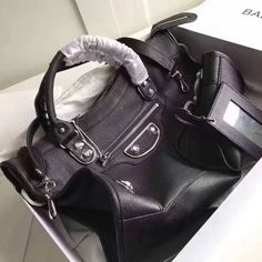 Balenciaga Clasic Silver Metallic Edge Goatskin City Bag 38cm Black Designer Purses, Balenciaga City Bag, Bag Sale, Metallic, Classic, Silver, Bags, Derby, Handbags
