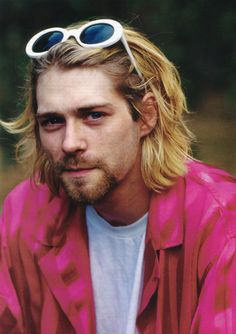 Kurt. RIP / I'LL AWAYS HAVE A PLACE IN MY HEART FOR SOME KURT~ ♥
