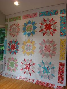 Swoon finished, yay!! by Fittin to Quilt, via Flickr. Love the border