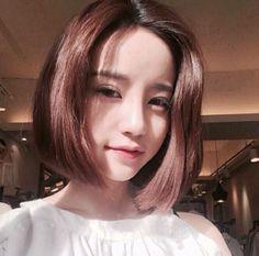 33 отметок «Нравится», 3 комментариев — Beautiful Asian (@beauty.woman69) в Instagram: «When sun hits . . . . #ulzzangstyle #ulzzangfashion #eoljjang #beautiful #eoljjanggirl…»