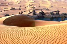 На ряду с Кубер-Педи, благодаря добыче опалов получили славу такие опаловые поля как: Лайтнинг-Ридж, Уайт-Клиффс, а также Андамука. И хотя добыча опалов в Австралии не является приоритетным направлением экономики, она приносит в бюджет страны около тридцати миллионов долларов каждый год. Источник: http://set-travel.com/australia/item/690-bogataya-opalami-pustynya-viktoriya