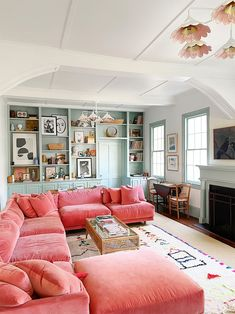 pink velvet living room couch Home And Living, Home And Family, Family Rooms, Dream Apartment, South Carolina, My New Room, House Rooms, Cozy House, My Dream Home
