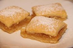 prajitura de post cu mar Cake Recipes, Snack Recipes, Food Cakes, Vegan Sweets, Apple Pie, Cornbread, French Toast, Chips, Food And Drink