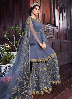 Blue Golden Embroidered Pakistani Sharara Suit will make you look elegant and stylish on any indian wedding function. Pakistani Fashion Party Wear, Indian Fashion Dresses, Indian Gowns Dresses, Dress Indian Style, Indian Designer Outfits, Pakistani Outfits, Pakistani Sharara, Indian Wedding Gowns, Fancy Dress Design