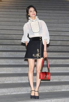 Chanel Cruise 2016: See the best-dressed stars in Seoul + top runway looks