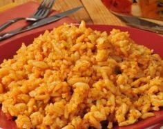 Riz au bouillon, sauce tomates  et curcuma façon espagnole