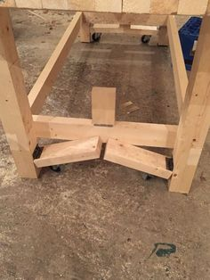 4 Spiritual Clever Tips: Woodworking Clamps Squares wood working workshop woodworking plans.Woodworking Crafts Old Windows woodworking workbench how to make.Wood Working For Beginners Scroll Saw. Workbench On Wheels, Workbench Casters, Mobile Workbench, Workbench Plans, Garage Workbench, Small Workbench, Paulk Workbench, Garage Bench, Workbench Height