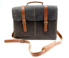 Distressed Designer Brown Messenger Tote Leather Dog Carrier by Midlee * Check this awesome product by going to the link at the image. (This is an affiliate link and I receive a commission for the sales) Puppy Carrier, Cat Carrier, Indestructable Dog Bed, Designer Dog Carriers, Large Dog Crate, Wireless Dog Fence, Dog Shock Collar, Dog Car Seats, Best Dog Training