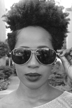 Afro-Style-Large-Voluminous-Look Short Hairstyles Black Hair Pelo Natural, Natural Hair Care, Natural Hair Styles, Afro Look, Natu Hair, Natural Hair Inspiration, African American Hairstyles, Black Power, Hair Journey