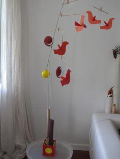 cani herrón. mòvil de pájaros de papel