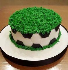 Resultado de imagem para torta futbol Cake Shop, Cake Decorating, Candy, Soccer Cakes, Birthday Stuff, Desserts, Cake Ideas, Chicago, Food