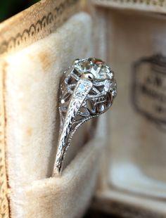 1930's Platinum Filigree Diamond Engagement Ring .75ct K/SI1 GIA. Sku EJ17444. Wedding Ring Pics, Antique Wedding Rings, Filigree Engagement Ring, Antique Engagement Rings, Vintage Style Rings, Vintage Jewelry, Big Rings, Amethyst Jewelry, European Cut Diamonds